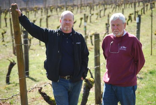 Zimri Cellars winemaker Jason Bull, left, and David Hill Winery owner Milan Stoyanov are collaborating on a new tasting room in Newberg, Ore. (Photo courtesy of Jason Bull)