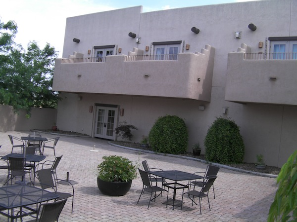 Desert Wind Winery in Prosser, Wash., stages flatbreads and music evenings on the patio below the hotel balconies.