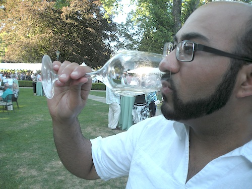 Yashar Shayan is a Seattle wine professional who has worked in wineries, restaurants and retail stores.