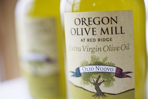 red-ridge-farms-olive-oil-bottle