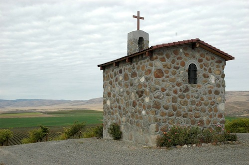 Red Willow Vineyard is best known for its iconic chapel.