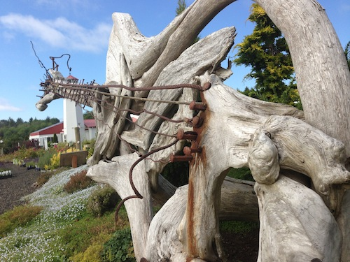 Westport Winery in Aberdeen, Washington, honored singer Kurt Cobain with this driftwood sculpture of his guitar.