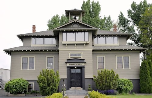 L'Ecole No. 41 is a winery in the Walla Walla Valley of Washington state.