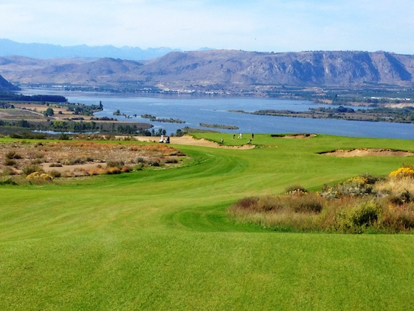 The par-4, No. 2 is one of 12 holes at Gamble Sands Golf Course to feature views of the Columbia River. The course near Brewster, Wash., is scheduled to open Aug. 1. (Photo by Eric Degerman/Great Northwest Wine)