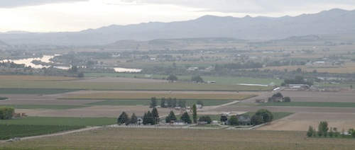 The Snake River meanders through Idaho wine country.