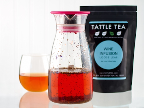 The Tattle Tea Wine and Tea infusion kit provides a way to infuse Tattle Tea's Love Struck Rooibos with wine. The supplied Love Struck Rooibos tea features lemon peel, hibiscus and ginger.