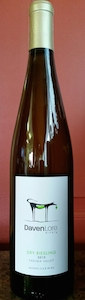 davenlore-winery-dry-riesling-2013-bottle