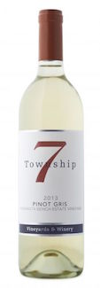 township-7-estate-pinot-gris-2013-bottle