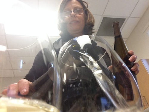Wendy Stuckey of Chateau Ste. Michelle pours Eroica Riesling.