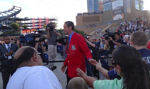 Drew Bledsoe being inducted into the New England Patriots Hall of Fame.