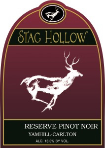 stag-hollow-reserve-pinot-noir-nv-label