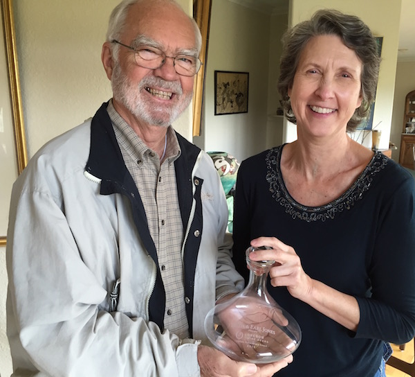 Earl and Hilda Jones received the 2015 Lifetime Achievement Award from the Oregon Wine Board. (Photo by Eric Degerman/Great Northwest Wine)