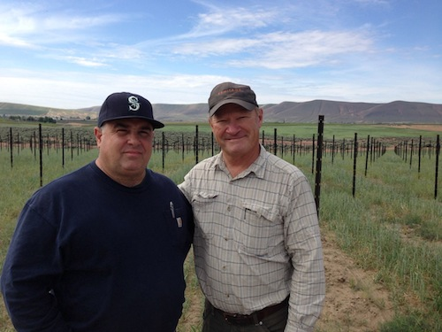 Charlie Hoppes and Dick Boushey at Fidelitas vineyard on Red Mountain.
