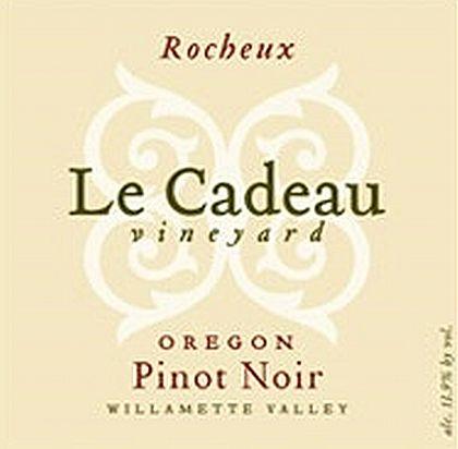 le-cadeau-vineyard-rocheaux-pinot-noir-2013-label1