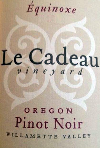 le-cadeau-vineyard-equinoxe-reserve-pinot-noir-2013-label