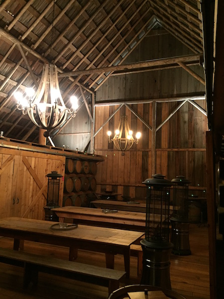 red-lily-vineyards-barn