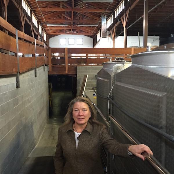 Lithia Motors Medford Oregon: Linda Donovan Uses Oregon Wine To Help Revitalize Medford