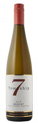 township-7-vineyards-&winery-rock-pocket-vineyard-muscat-2015-bottle