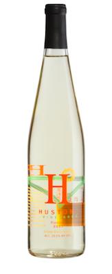 huston-vineyards-riesling-2015-bottle