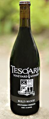 tesoaria-vineyard-winery-bulls-blood-nv-bottle