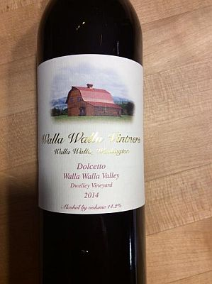 walla-walla-vintners-dwelley-vineyard-dolcetto-2014-bottle