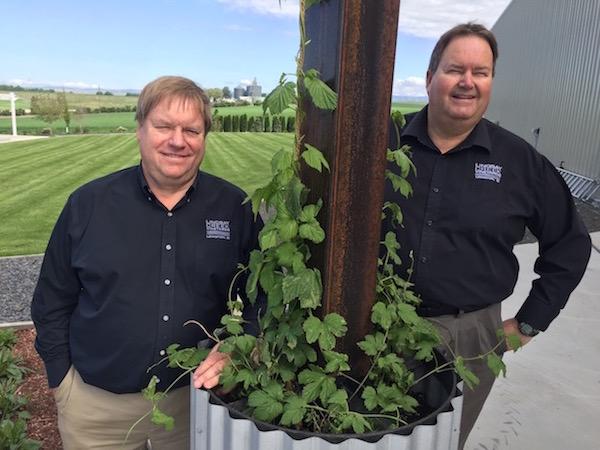 Art McIntosh, left, and his brother, Doug, operate Lindsay Creek Vineyards in Lewiston, Idaho. (Photo by Eric Degerman/Great Northwest Wine)