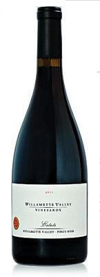 willamette-valley-vineyards-estate-pinot-noir-2014-bottle