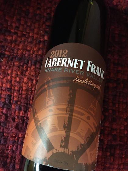 crossings-winery-zabala-vineyard-cabernet-franc-2012-bottle