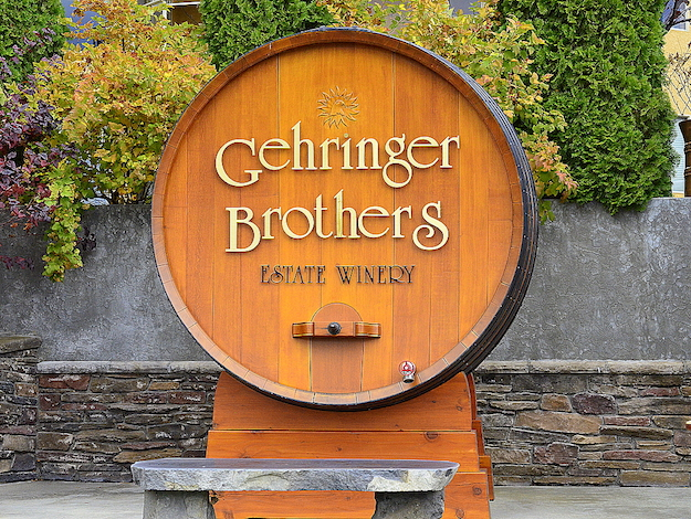This barrel serves as a sign greeting visitors to Gehringer Brothers Estate Winery. (Photo by Abra Bennett/Great Northwest Wine)