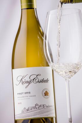 king-estate-pinot-gris-2015-studio-bottle