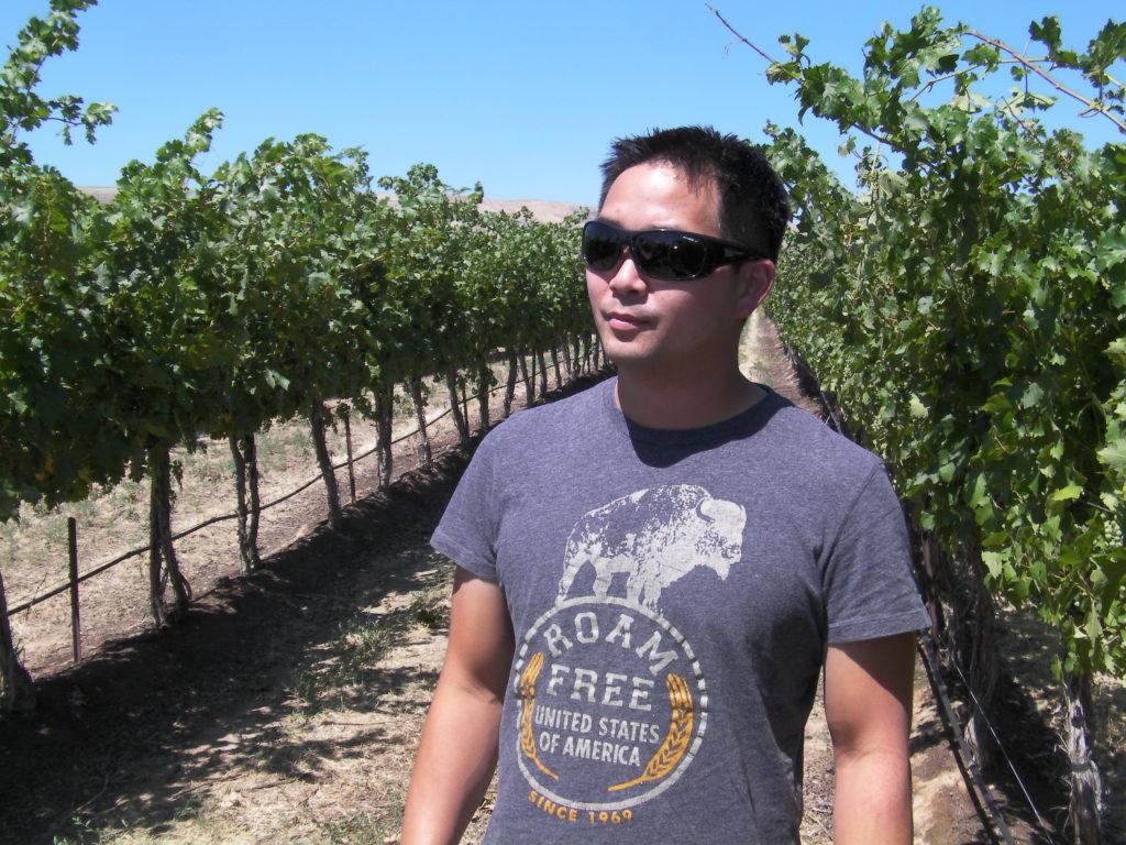 jeremy santo wahluke slope vines 1024x768 - Santo takes over for Munnell at Mercer Estates