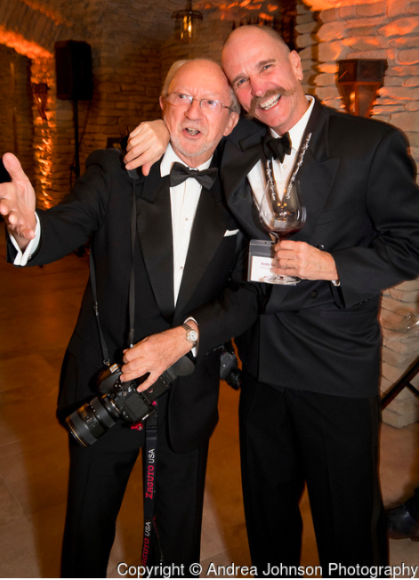 robert holmes rollin soles salud 2017 andrea johnson photography - Oregon wine industry raises $830,000 for ¡Salud! healthcare