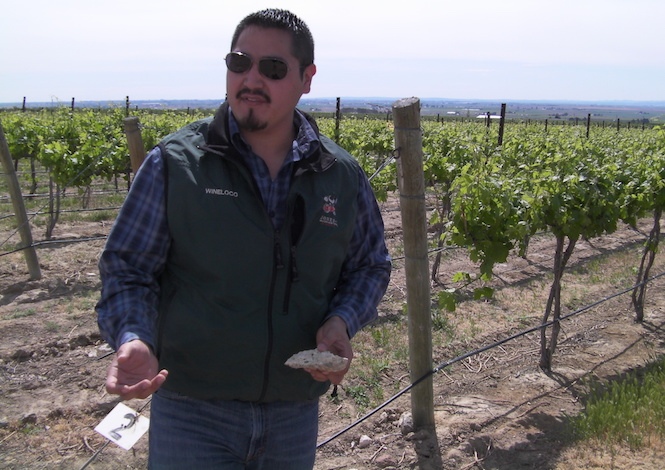 victor palencia two gun vineyard 2013 - Amelia Wynn 2016 Grenache wins Washington State Wine Competition