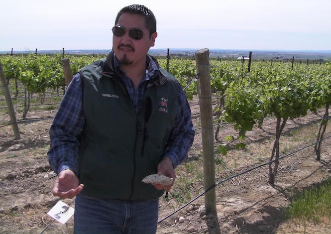 victor palencia two gun vineyard 2013 - Amelia Wynn 2016 Grenache wins Washington State Wine Competition