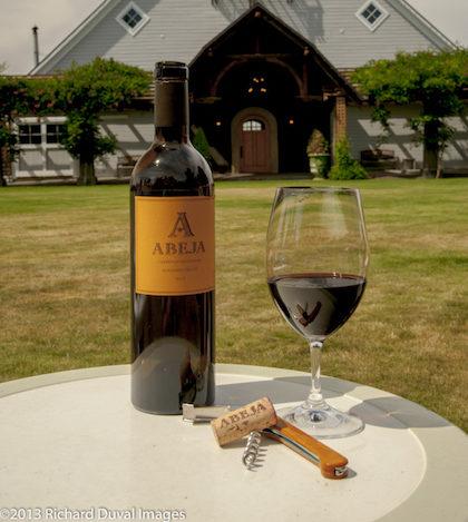 USA, Washington, Walla Walla. Scenes from wine country