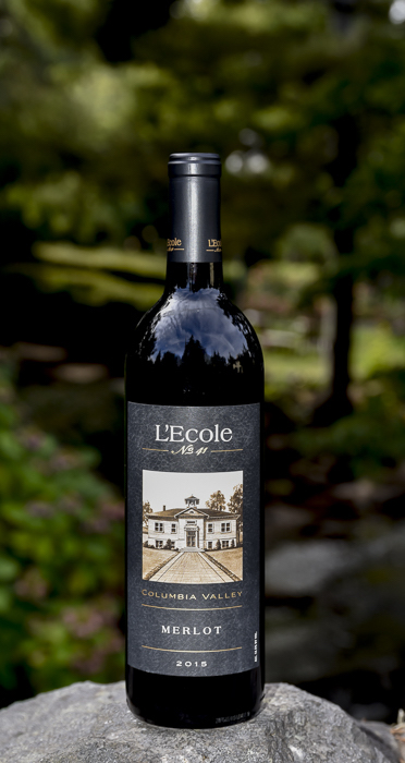 lecole-columbia-valley-merlot-2015-GNI-bottle