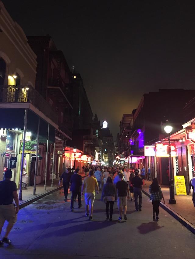 bourbon-street-nightlife