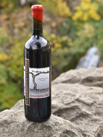 clearwater-canyon-cellars-renaissance-red-2016-bottle