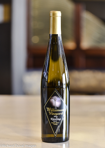 williamson vineyards dry riesling 2017 bottle cascadia - Williamson Vineyards 2017 Dry Riesling, Snake River Valley, $12
