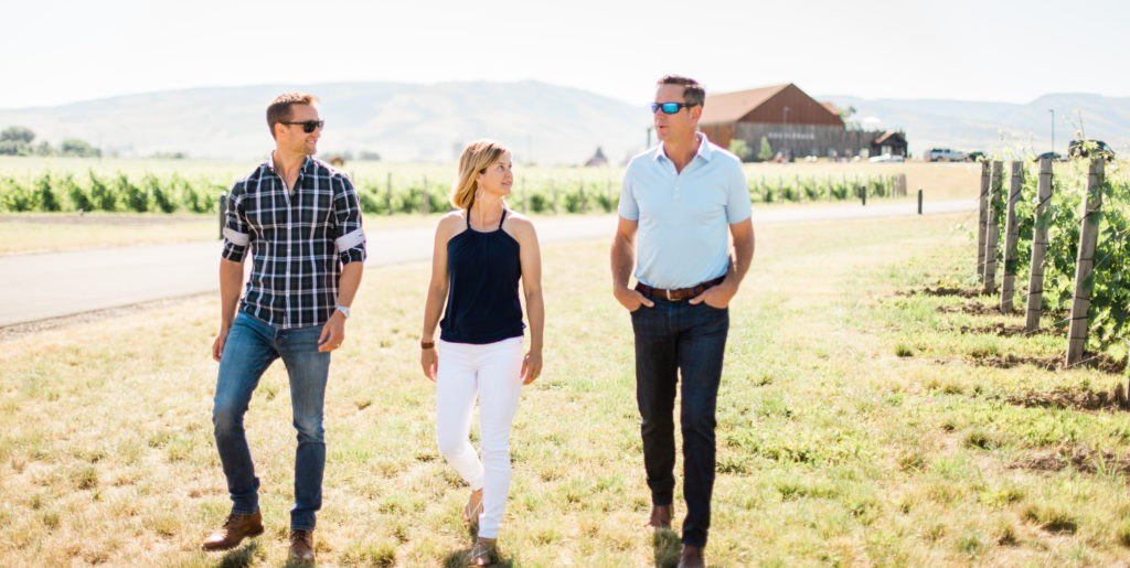 josh mcdaniels maura bledsoe drew bledsoe doubleback winery vineyard stroll justin yax dva agency 1024x515 - Bledsoe Family Winery set to open tasting room in Oregon