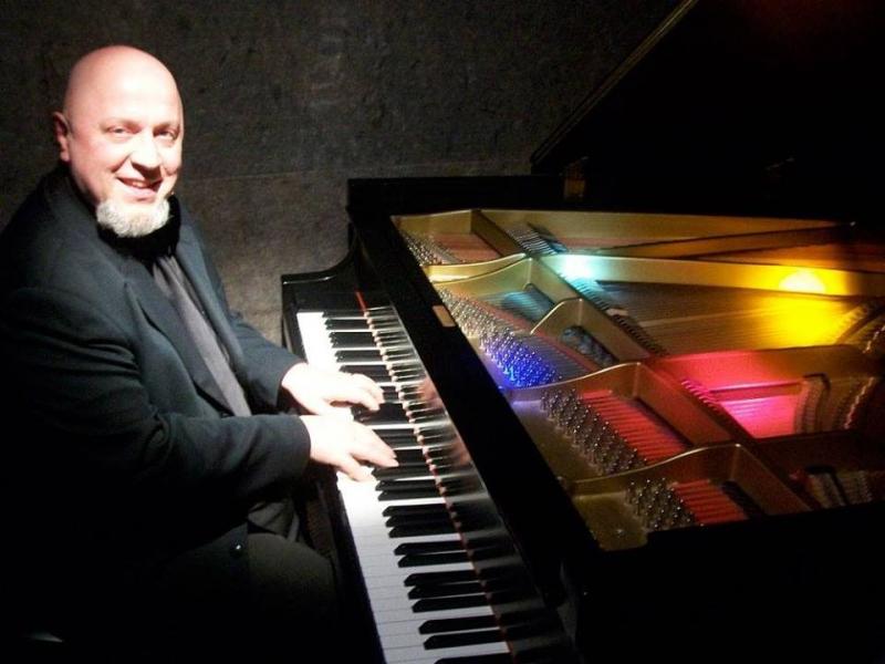 3490 photo 236574 - Maryhill Winery presents Piano Nights with Mark Jeleniewski