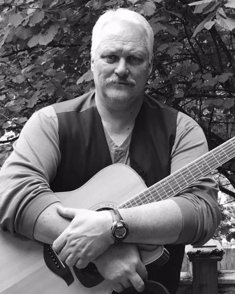 3329 photo 238616 - Live music at Sigillo Cellars with Steve Olson