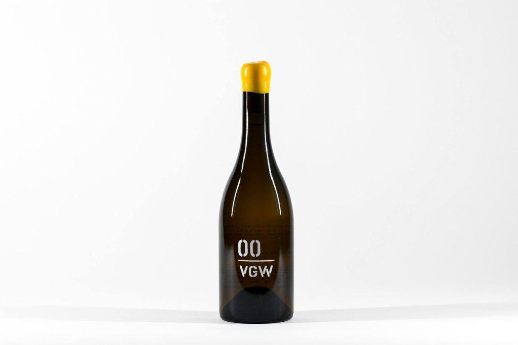 00wines vgw chardonnay 2017 bottle 1024x683 - TEXSOM awards Best Syrah to So. Oregon producer Reustle