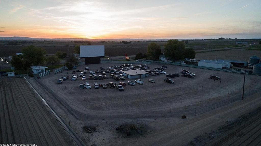 parma motor vu drive in theater kade andrews photography courtesy idaho wine commission 1024x575 - 5 Idaho wineries to pour at drive-in theater