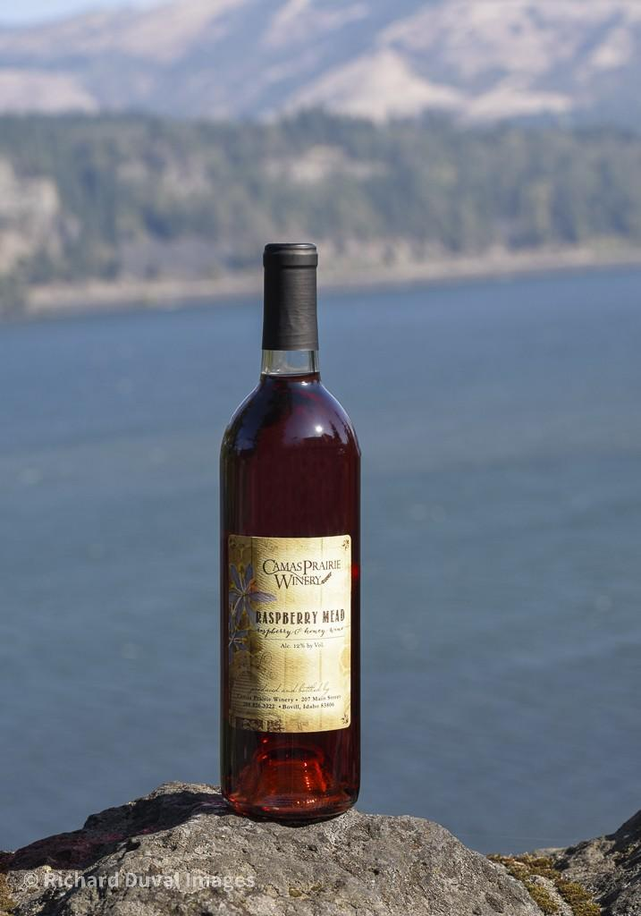 camas prairie winery raspberry mead nv bottle invite - Armstrong Family Winery turns Discovery Vineyard Syrah into best wine at Great Northwest Invitational