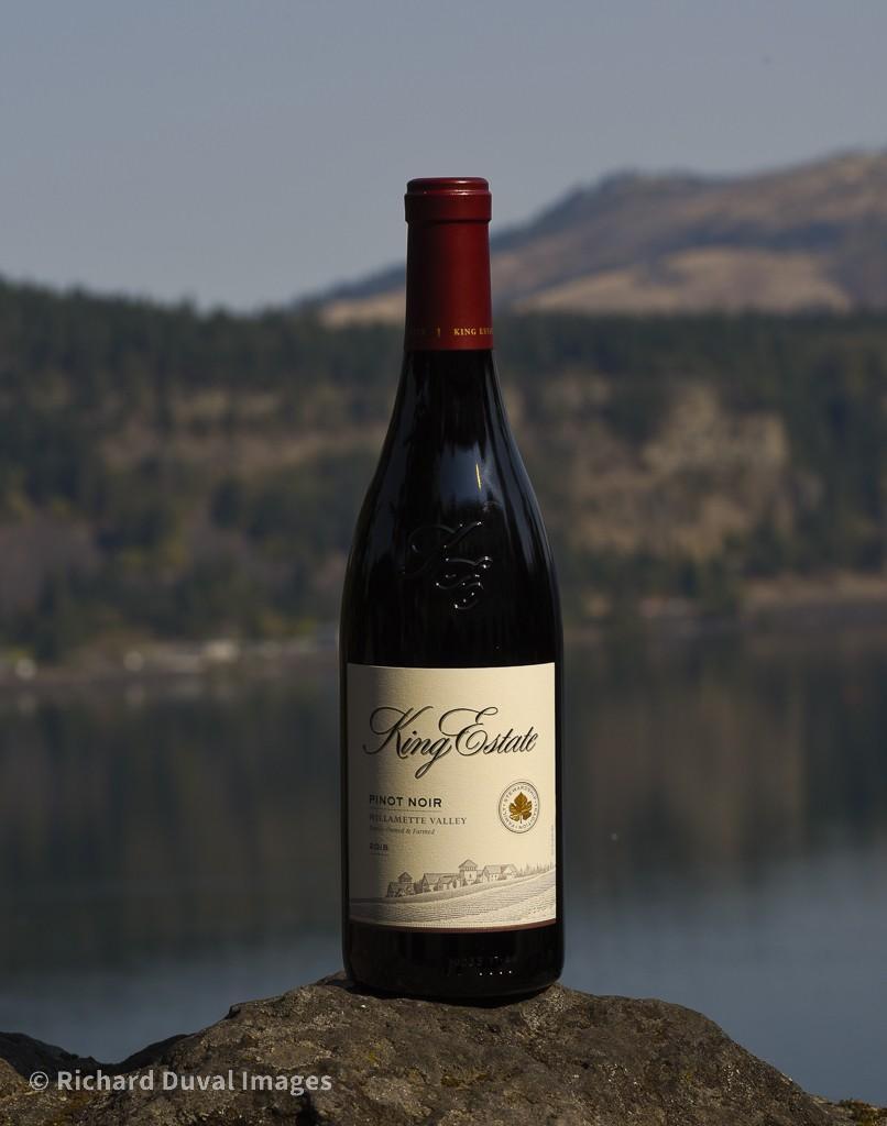 king estate pinot noir 2018 bottle invite - King Estate Winery 2018 Pinot Noir, Willamette Valley, $29