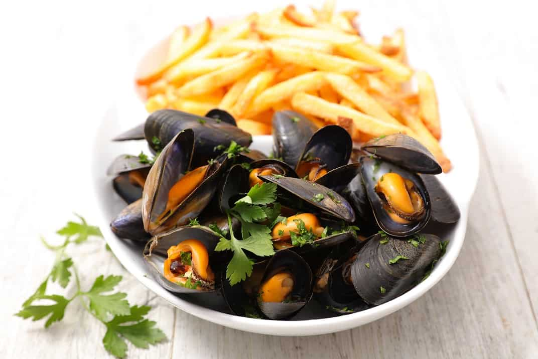 iStock 638619214 smaller file XacKI8.tmp  - Mussels & Fries